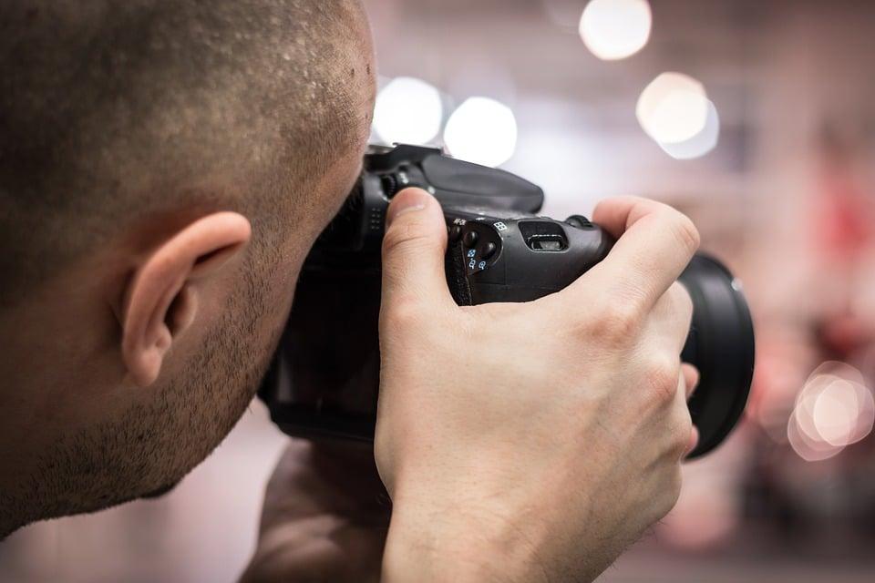 כיצד צלם מגנטים יכול לשדרג את האירוע שלך?